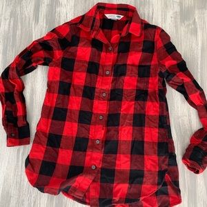 🦋 Red and black flannel button up